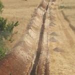 Scavo per condotte di acqua rurale
